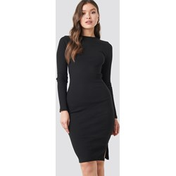 f2c71b6e Sukienka Na-kd z długim rękawem ołówkowa z okrągłym dekoltem do pracy midi