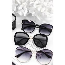 d4f4ebd7ff2f64 Czarne okulary przeciwsłoneczne damskie, lato 2019 w Domodi