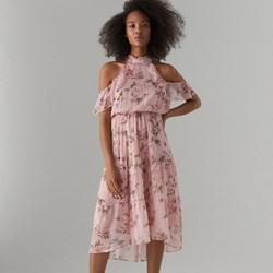aebeeba423 Sukienka różowa Mohito z szyfonu na spacer w kwiaty
