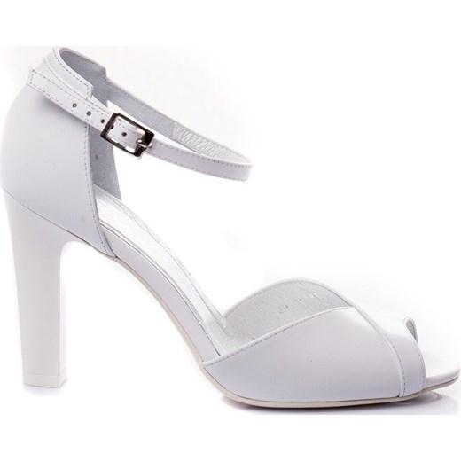 Sandały damskie Buty Kotyl białe ze skóry eleganckie z klamrą Buty Damskie WH biały Sandały damskie JYPY