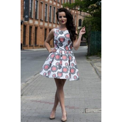 339a846f19 Sukienka Iwa w kwiaty na sylwestra  Sukienka Iwa wielokolorowa na sylwestra