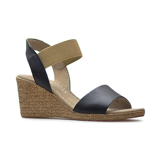Sandały damskie Ryłko bez zapięcia skórzane na obcasie w Domodi