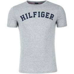 8c0e41893d1ac T-shirt męski Tommy Hilfiger z napisem
