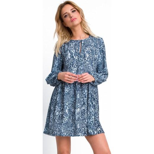 5229c138f04b95 Sukienka niebieska Fobya w zwierzęce wzory z długim rękawem oversize mini  casual