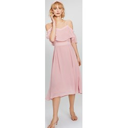 c906e147c2 Femestage sukienka na urodziny z krótkim rękawem midi z odkrytymi ramionami