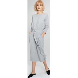 9e7aac6d1b2473 Femestage sukienka do pracy prosta z długim rękawem midi