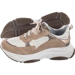 8da189bee014 Sneakersy damskie Nessi skórzane