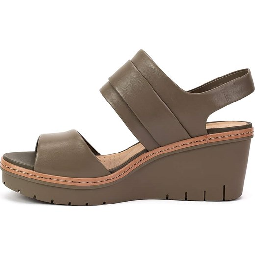 14ea08b1 ... Sandały damskie Clarks brązowe na koturnie skórzane casual ...