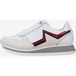 b3ef0943e56d0 Białe sneakersy damskie Tommy Hilfiger bez wzorów skórzane