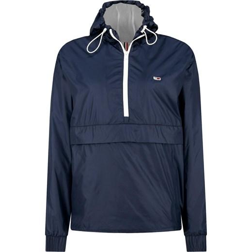 d9abb4476 Tommy Jeans Kurtka RECYCLED POPOVER | Regular Fit Tommy Jeans XS Gomez  Fashion Store; Kurtka damska Tommy Jeans z kapturem jesienna ...