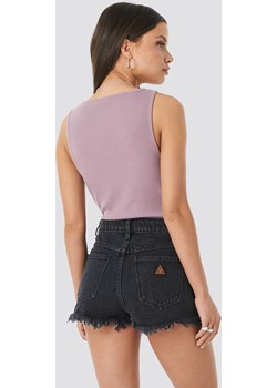 Abrand A High Relaxed Short - Black  Abrand NA-KD - kod rabatowy