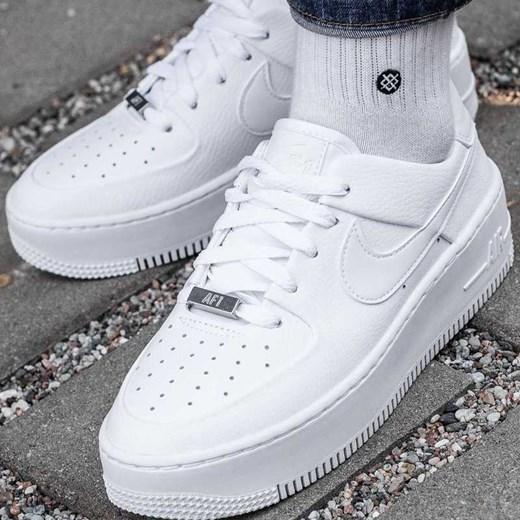 best service 7d082 33b8a Nike Air Force 1 Sage Low Sneaker Peeker w Domodi