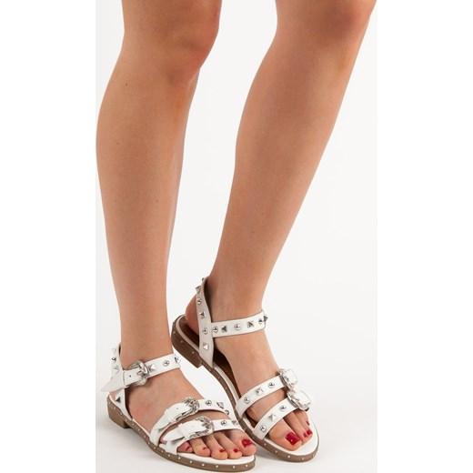 wylot Sandały damskie białe casual z aplikacjami Buty