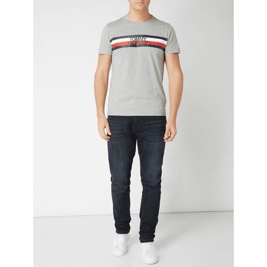 4d959adbe18ef T-shirt męski Tommy Hilfiger letni w Domodi