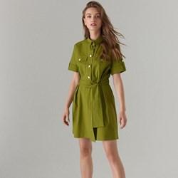 60931161b5 Zielona sukienka Mohito koszulowa bawełniana na co dzień