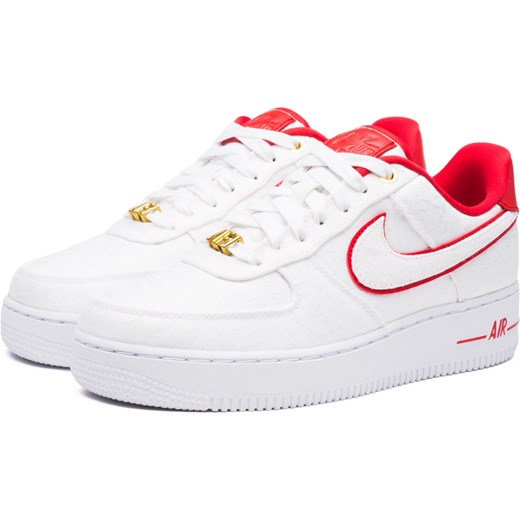 Białe buty sportowe damskie Nike do biegania na platformie