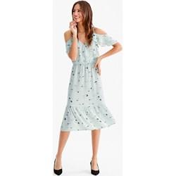 08d343f22e Sukienka Yessica z odkrytymi ramionami z krótkimi rękawami midi