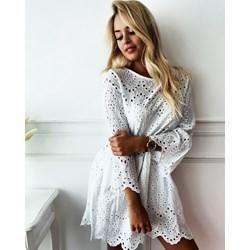 1fcca46f5a Sukienka biała z długim rękawem mini rozkloszowana casual