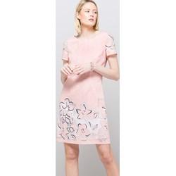 70d7f7c138 Sukienka Monnari casualowa mini dzienna z okrągłym dekoltem z wiskozy z  krótkim rękawem
