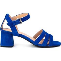 6b15a42b9d752 Sandały damskie niebieskie Geox z klamrą z zamszu na średnim obcasie