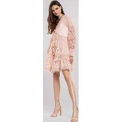 fca962e60a22c Sukienka różowa Renee mini z aplikacjami z długim rękawem