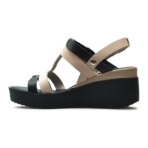 Sandały damskie Carinii bez obcasa czarne casual skórzane na platformie z klamrą