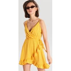 35e3274db7 Cropp sukienka mini żółta na ramiączkach