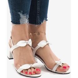 8d6045d1e8adc Białe buty damskie, lato 2019 w Domodi