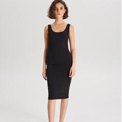 ec4ffc73c4 Sukienka czarna Cropp biznesowa casual midi bez rękawów bez wzorów  dopasowana