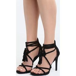 f2a78f690d1c9 Czarne buty, lato 2019 w Domodi