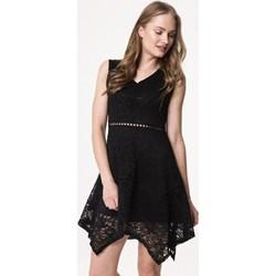 96e68b3063 Sukienka Born2be asymetryczna mini