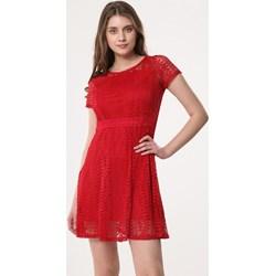 2fa2239d98 Sukienka czerwona Born2be z krótkimi rękawami