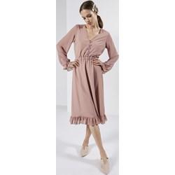 ed4fd16812 Sukienka Born2be midi bez wzorów