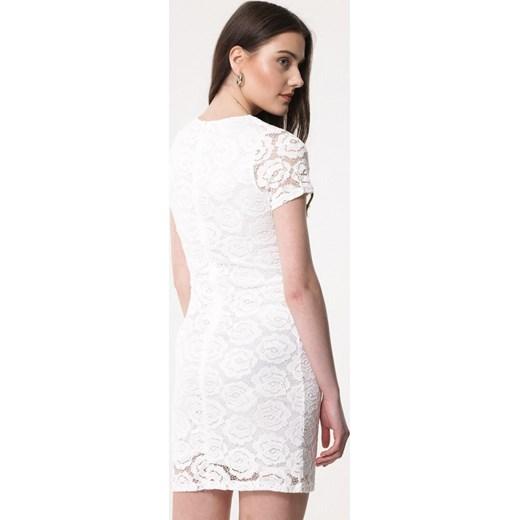 18a1065242 ... Sukienka Born2be z krótkim rękawem biała dopasowana mini z okrągłym  dekoltem na urodziny ...
