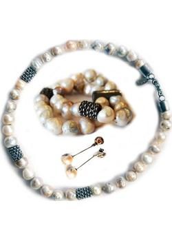 Biżuteria z perłami w zestawie - Astorga  Astorga Luxuryproducts.pl - kod rabatowy