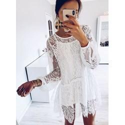 a912ff1a31 Sukienka Pakuten z długim rękawem biała na urodziny mini rozkloszowana
