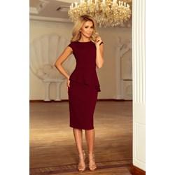 d3626b1ce8 Ołówkowa sukienka z półrękawkami i a la prostokątnym dekoltem ...