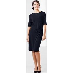 24f0ba7892 Sukienka Tchibo w stylu klasycznym z krótkim rękawem dopasowana z okrągłym  dekoltem