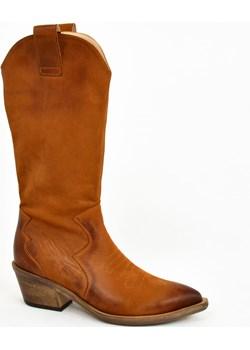 MargoShoes rude długie kozaki botki kowbojki kowboje do połowy łydki płaskie niski obcas skóra naturalna ostry czubek Margoshoes   - kod rabatowy