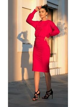 MARSZCZONA SUKIENKA Z DŁUGIMI REKAWAMI Bien Fashion   - kod rabatowy