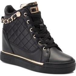 9244505f Sneakersy damskie czarne Guess na wiosnę na koturnie ze skóry ekologicznej  sznurowane