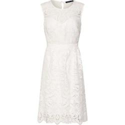 6ecc6c56 Biała sukienka Boohoo elegancka na wiosnę trapezowa bez rękawów z okrągłym  dekoltem
