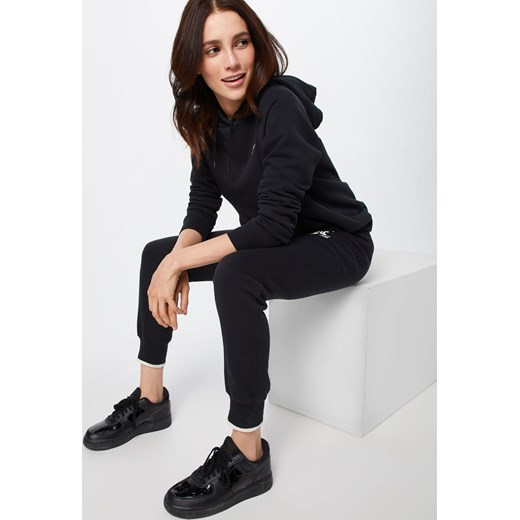 c43f6d640 Bluza damska Nike Sportswear Bluza damska czarna Nike Sportswear krótka ...