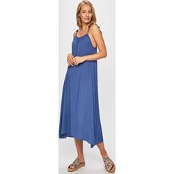 cf96c1b95014f8 Answear sukienka na ramiączkach oversize'owa z okrągłym dekoltem na co dzień