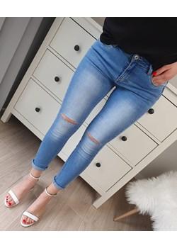 Spodnie jeansowe z rozcięciami (XS)   okazja MON BOUTIQUE  - kod rabatowy