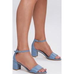 7f03e5d8 Niebieskie buty damskie, lato 2019 w Domodi