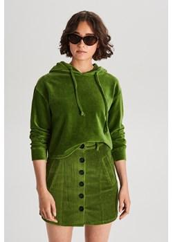 Cropp - Welurowa bluza z kapturem - Zielony Cropp   - kod rabatowy