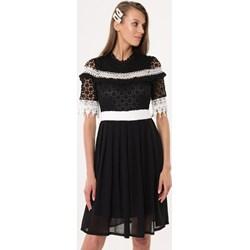 05c1a2e63 Sukienka Born2be z okrągłym dekoltem z długimi rękawami mini