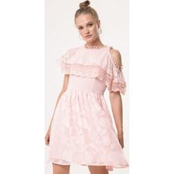 4cfb1170e25103 Sukienka różowa Born2be koronkowa rozkloszowana