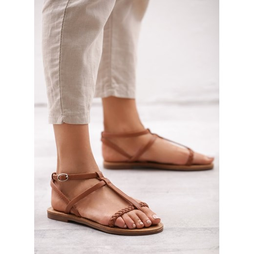 Born2be sandały damskie brązowe z klamrą ze skóry ekologicznej casual na płaskiej podeszwie Buty Damskie YL brązowy Sandały damskie QAMI
